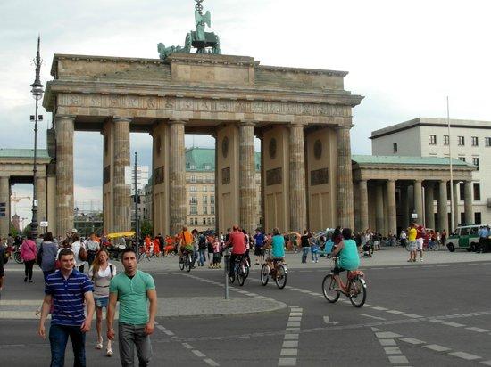 Dwars Door Berlijn Day Tours