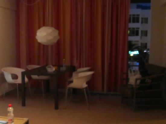 Atlantic Holiday Hotel: 2