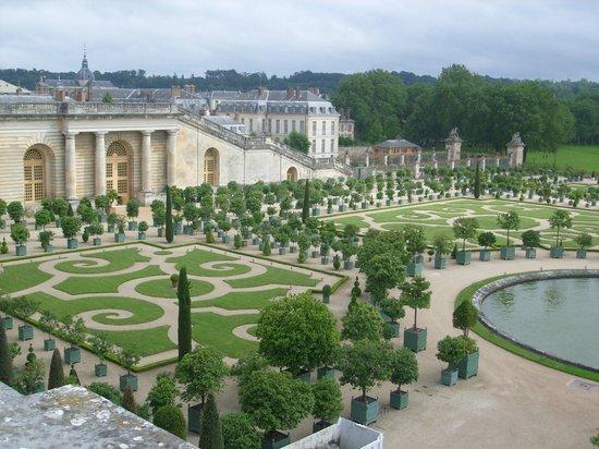 Les jardins picture of chateau de versailles versailles for Jardin de versailles