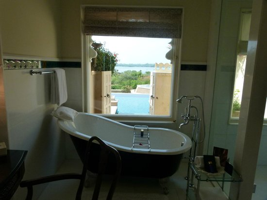 The Oberoi Udaivilas: View from the bathroom
