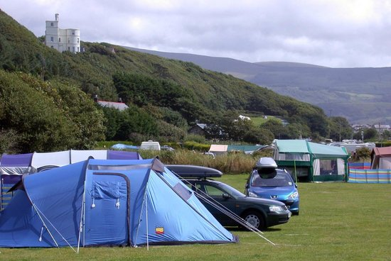 Hendre Mynach Caravan Park : One of our camping fields