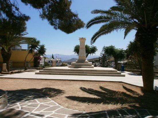 Villas Byzantino: Petite place de Lefkes