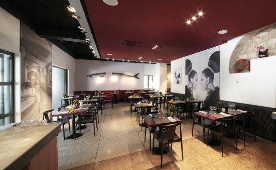 Café Llorca : salle intérieur