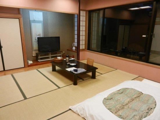 Yamanakako Shuzanso: room