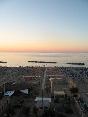 Hotel Lungomare: Vista mare al tramonto