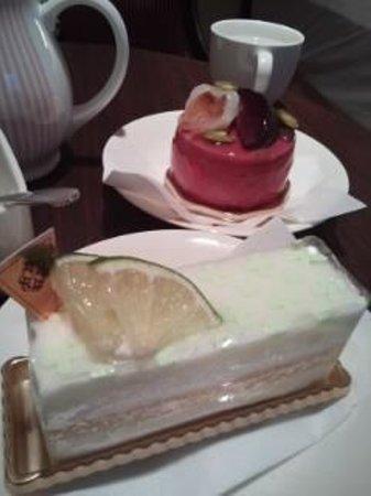 第一ホテル東京, ココナッツミルクとライムのチーズケーキが超お気に入り。ラズベリーのケーキも〇