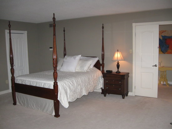 Forest Gate Bed and Breakfast: Cambridge Room