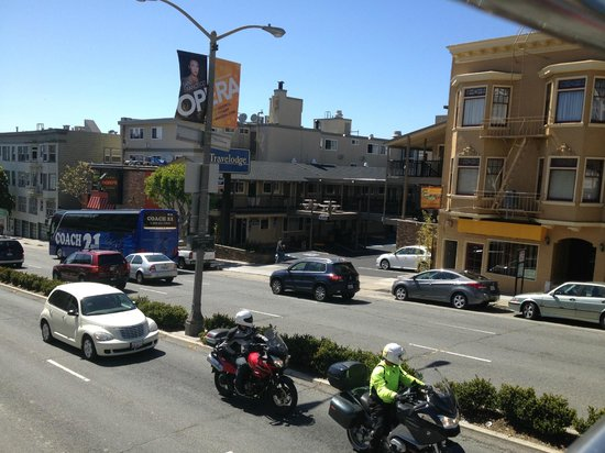 Travelodge by the Bay : The Hotel from the top of the Big Bus Tour