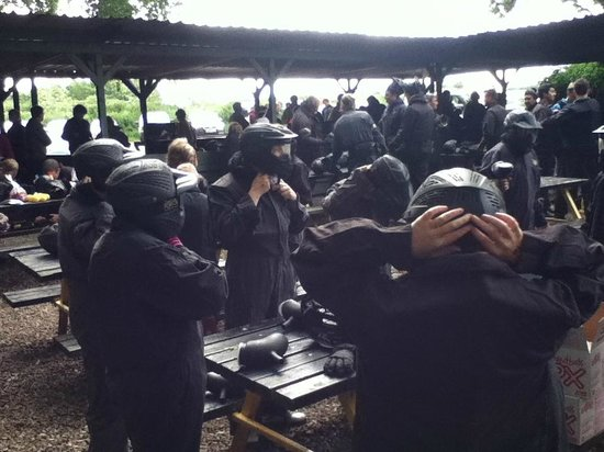 Delta Force Paintball Banbury: Getting ready