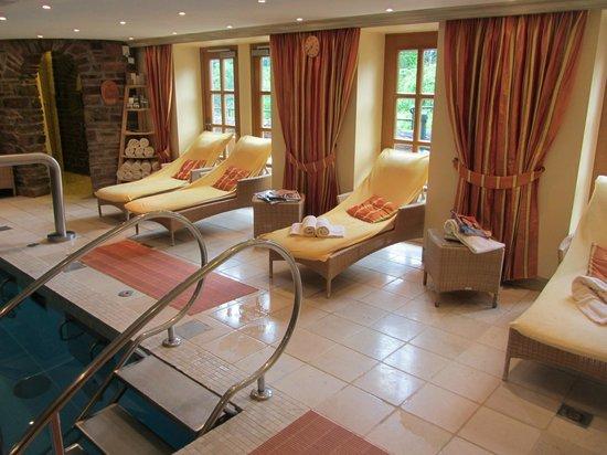 Romantik Hotel Schloss Rheinfels: Schwimmbad