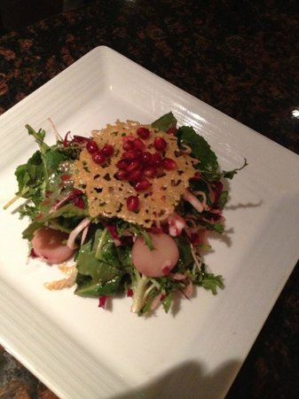 Locale Cafe & Bar -Closter: Salad