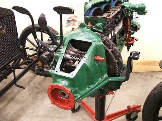 Model T Ford Museum: 'LIL ENGINE THAT COULD