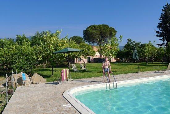 Agriturismo San Leonardello: Der Pool