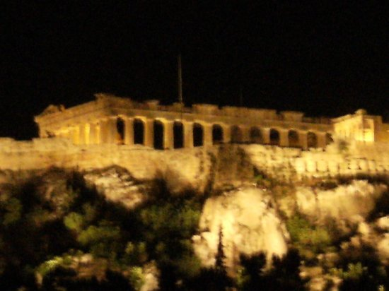 Plaka Hotel : View from rooftop terrace at night