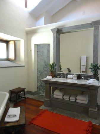 Inkaterra La Casona Relais & Chateaux: Bathroom