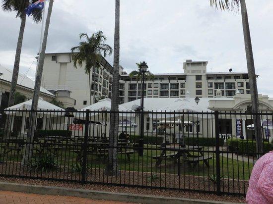 Mantra Esplanade Cairns: hotel