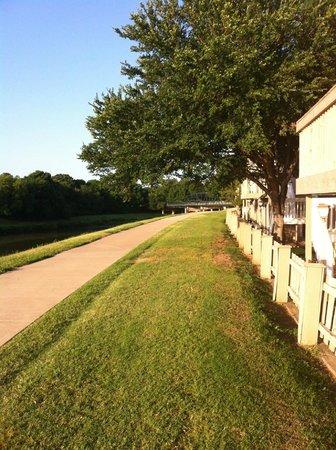 Hawthorn Suites by Wyndham Fort Worth/medical Center : trinity road