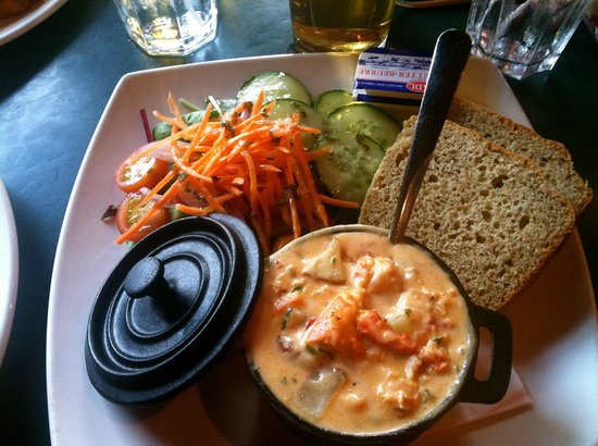 Olde Dublin Pub : Lobster Stew & Irish Soda Bread