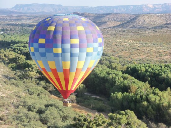 Cottonwood, AZ: Flying over the Verde River