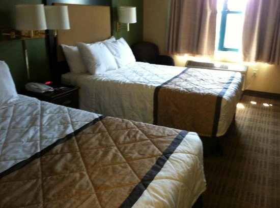 Extended Stay America - Los Angeles - Burbank Airport: Sleeping area