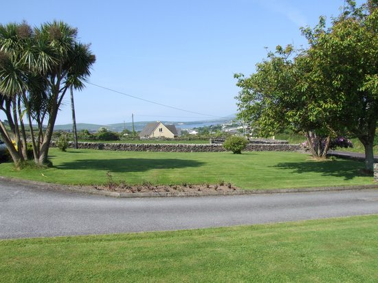 Duinin House: View of Dingle