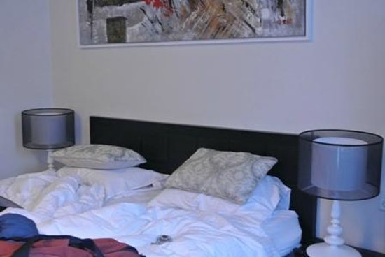 City Center Hotel: Comfy King Bed