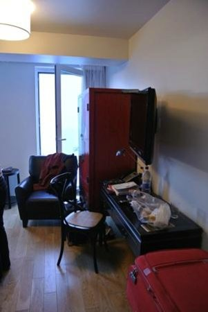 City Center Hotel: Just about the total area of free space in double room + full height opening window