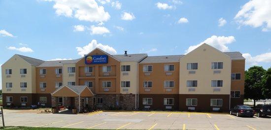 Comfort Inn & Suites Coralville: Exterior