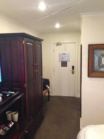 Kelway Hotel: room
