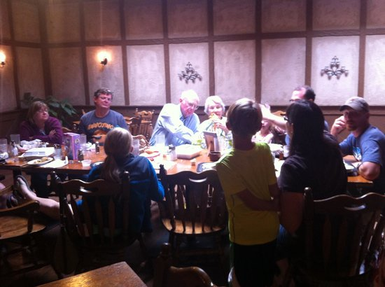 Towne Crier Steakhouse : Family friendly