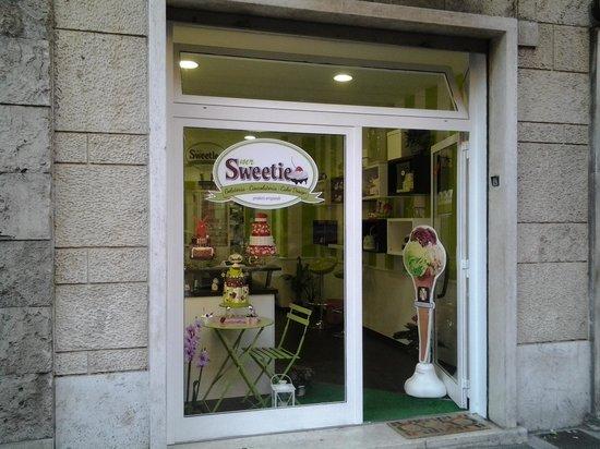 Mr Sweetie: via delle fornaci 83a