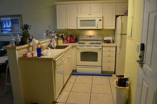 The Cove on Ormond Beach: Kitchen - south tower 1 bedroom