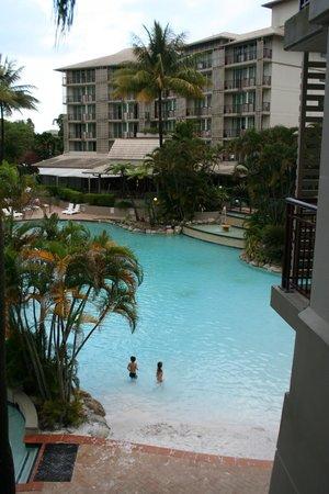 Novotel Cairns Oasis Resort: Piscina