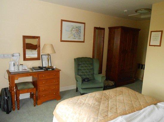 Stallingborough Grange Hotel: Hotel room 3.