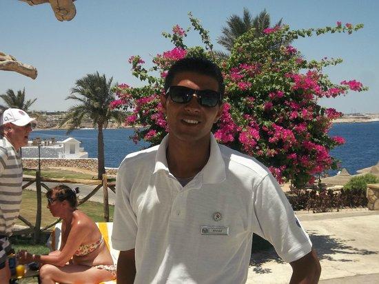 Coral Beach Resort Tiran: cool dude
