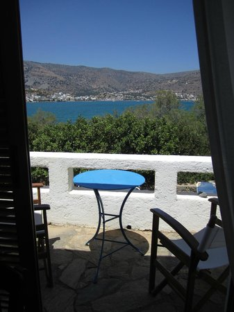 Elounda Island Villas: Our balcony