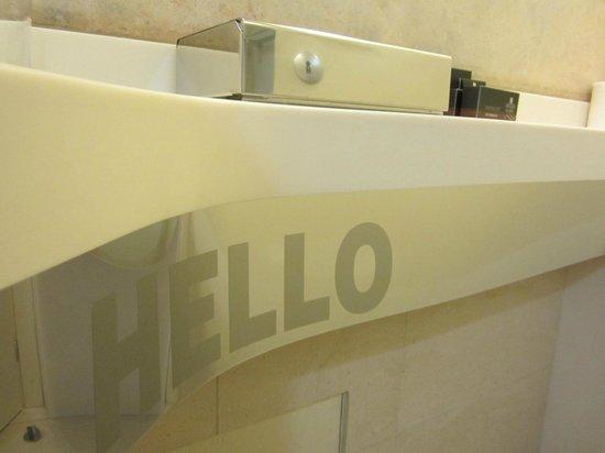 O&B Athens Boutique Hotel: Hello surprise