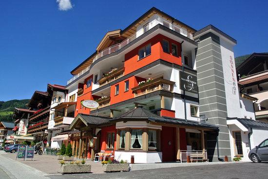 Hotel Sonnenhof : Aussenansicht