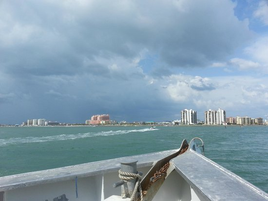 Fish on picture of queen fleet deep sea fishing for Queen fleet deep sea fishing clearwater fl