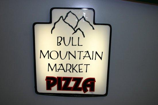 Bull Mountain Market Pizza & Deli : Best Pizza