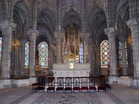 reliquary for relics of st denis picture of basilica cathedral of saint denis saint denis. Black Bedroom Furniture Sets. Home Design Ideas