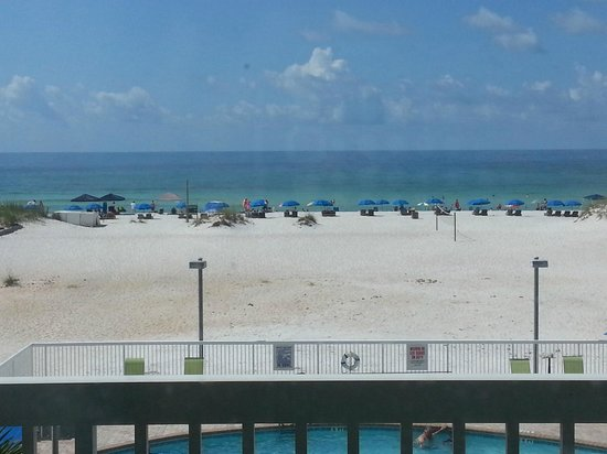 Days Inn Pensacola Beachfront: View from the beach front room (371)