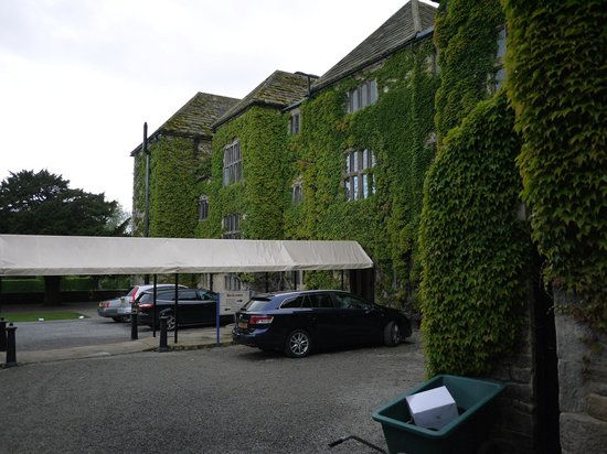 The frontage of the hotel