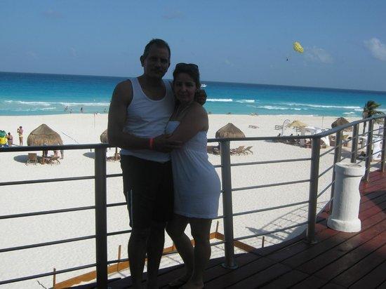 Sunset Royal Beach Resort: vista a la playa desde el area humeda del hotel