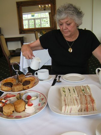 Afternoon Tea at Grovefield House: our afternoon tea