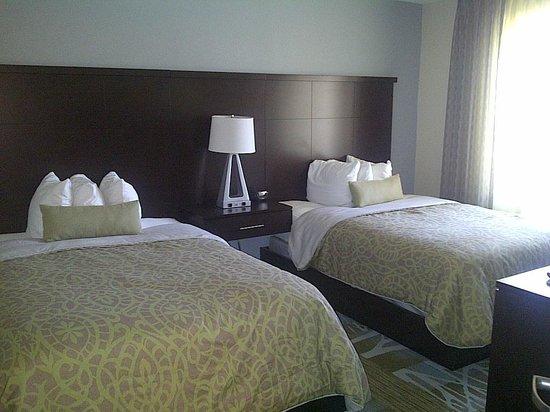 Staybridge Suites Syracuse/Liverpool: bedroom