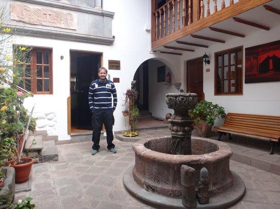 Hotel Rumi Punku: Área interna
