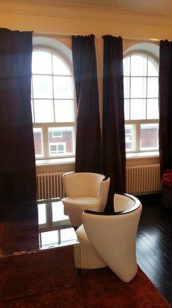 Hotel Epoque: Room