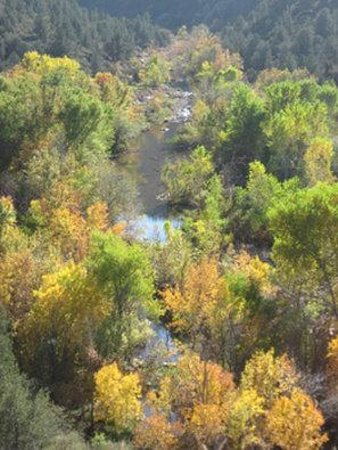 Quality Inn Payson: The Verde River in the Fall