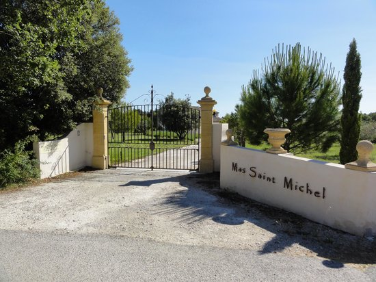 Mas Saint Michel : cancello d'entrata